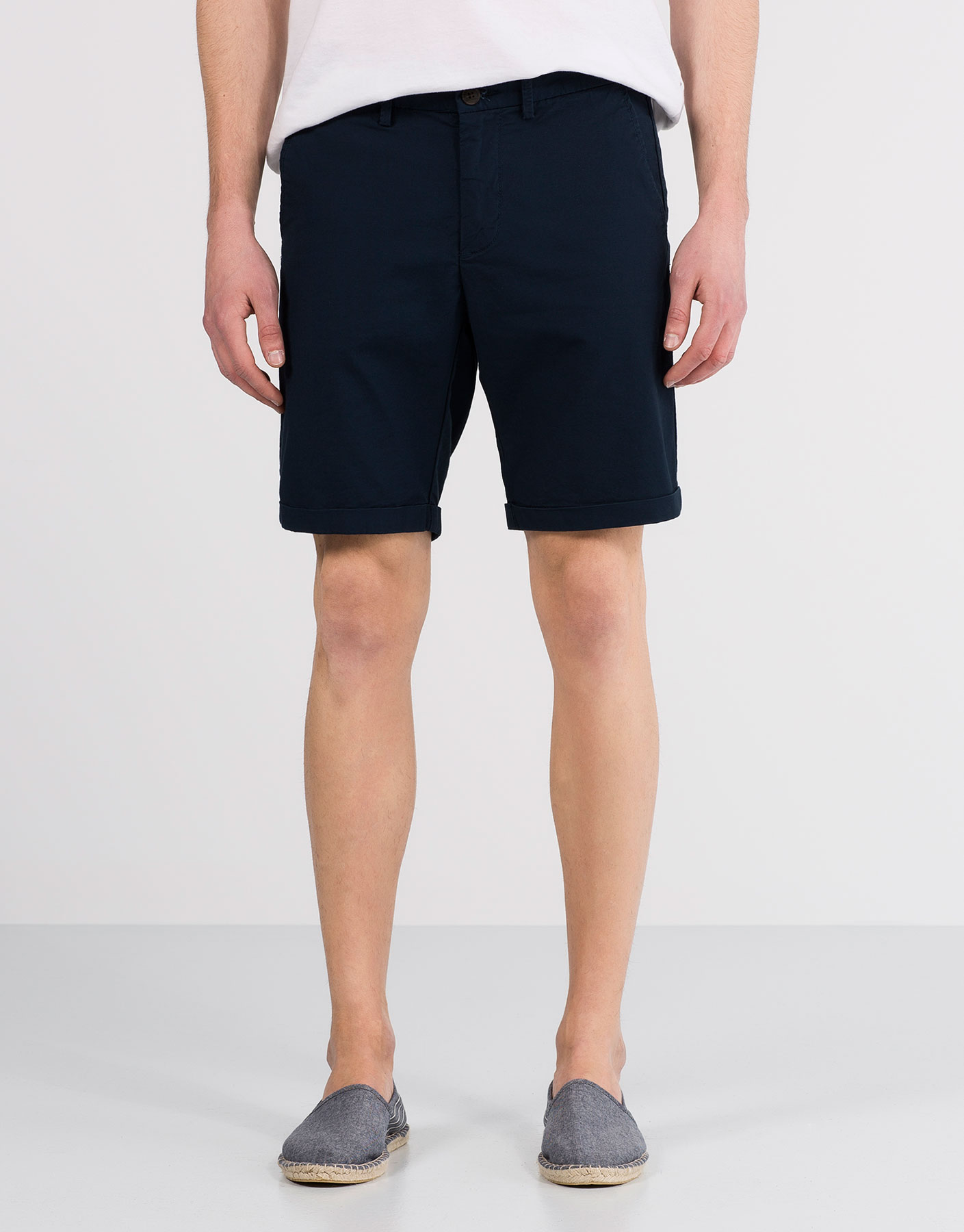 Basic textured weave bermuda shorts