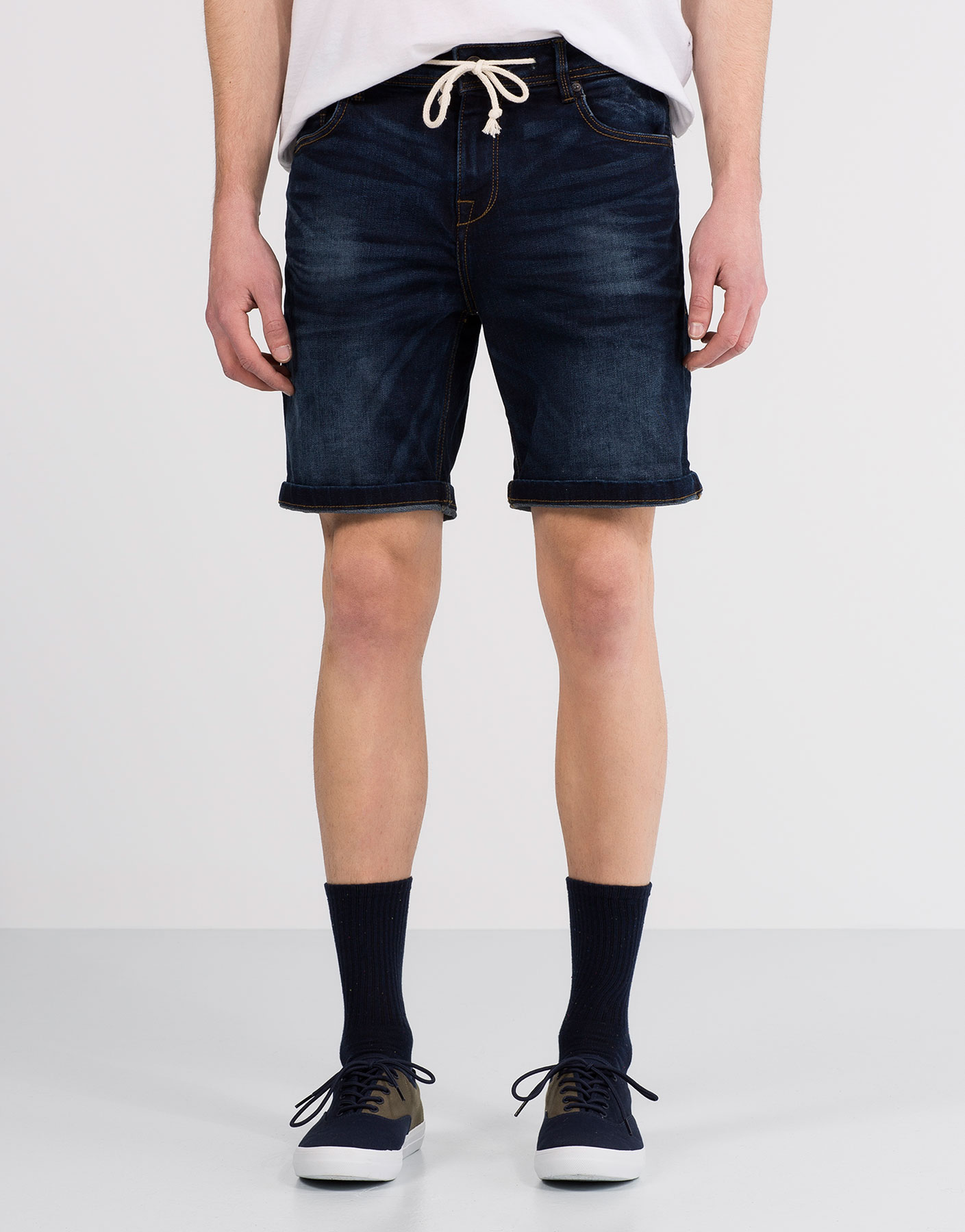 Denim bermuda shorts with cord