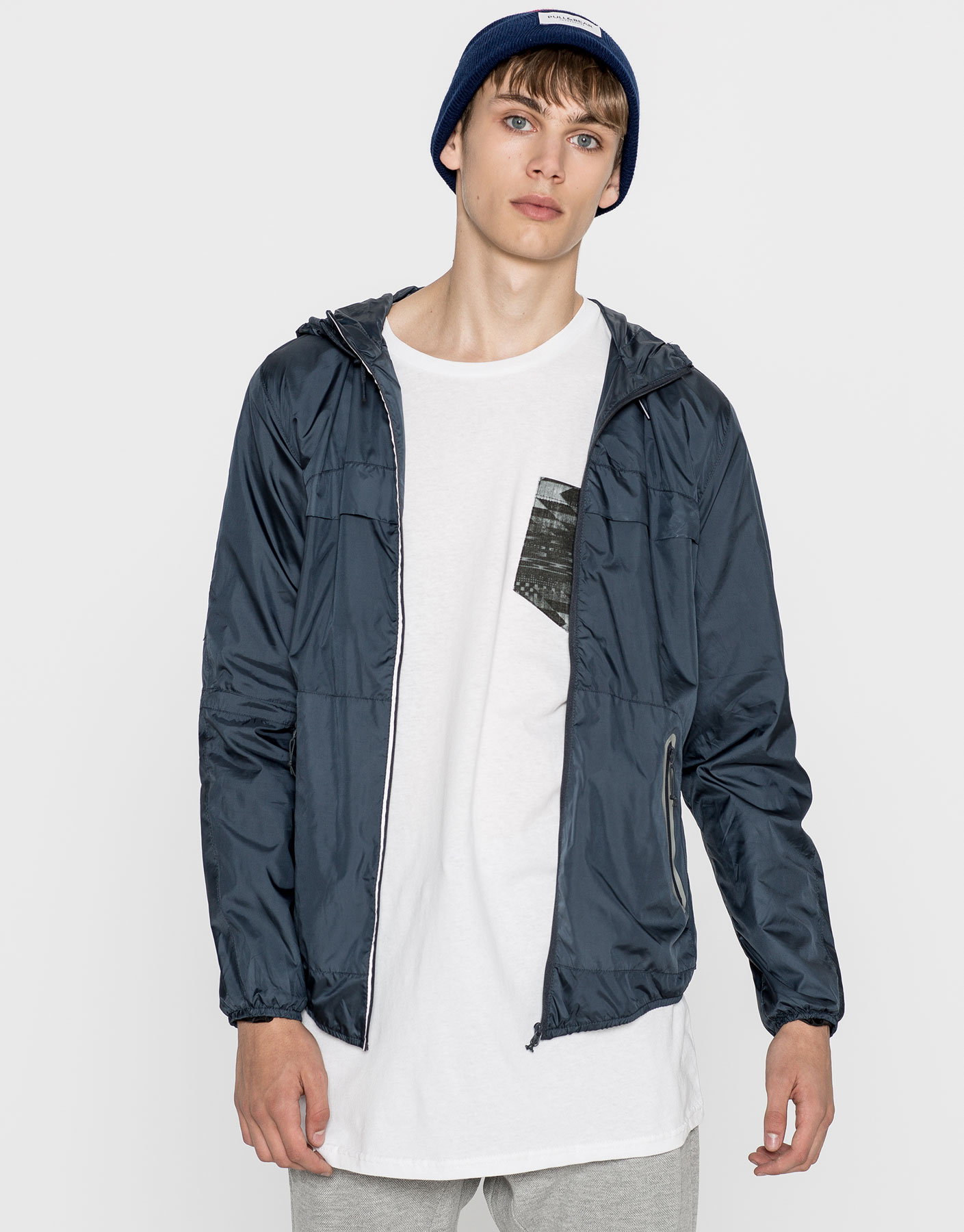 Basic hooded raincoat
