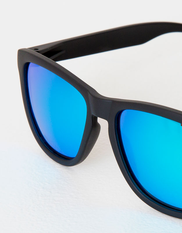 8cd5435712 ... inexpensive ray ban clubmaster australia map queensland 74851 96b43