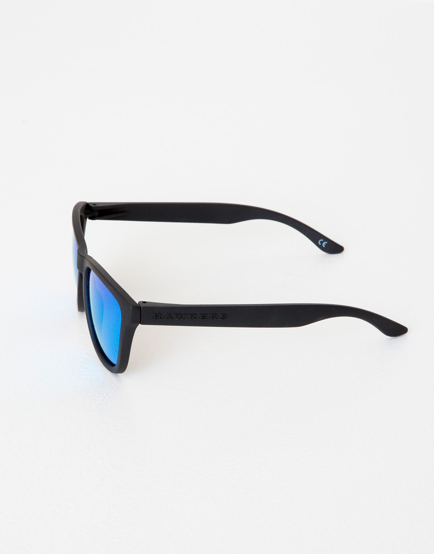 Lunettes de soleil hawkers carbon black clear blue one