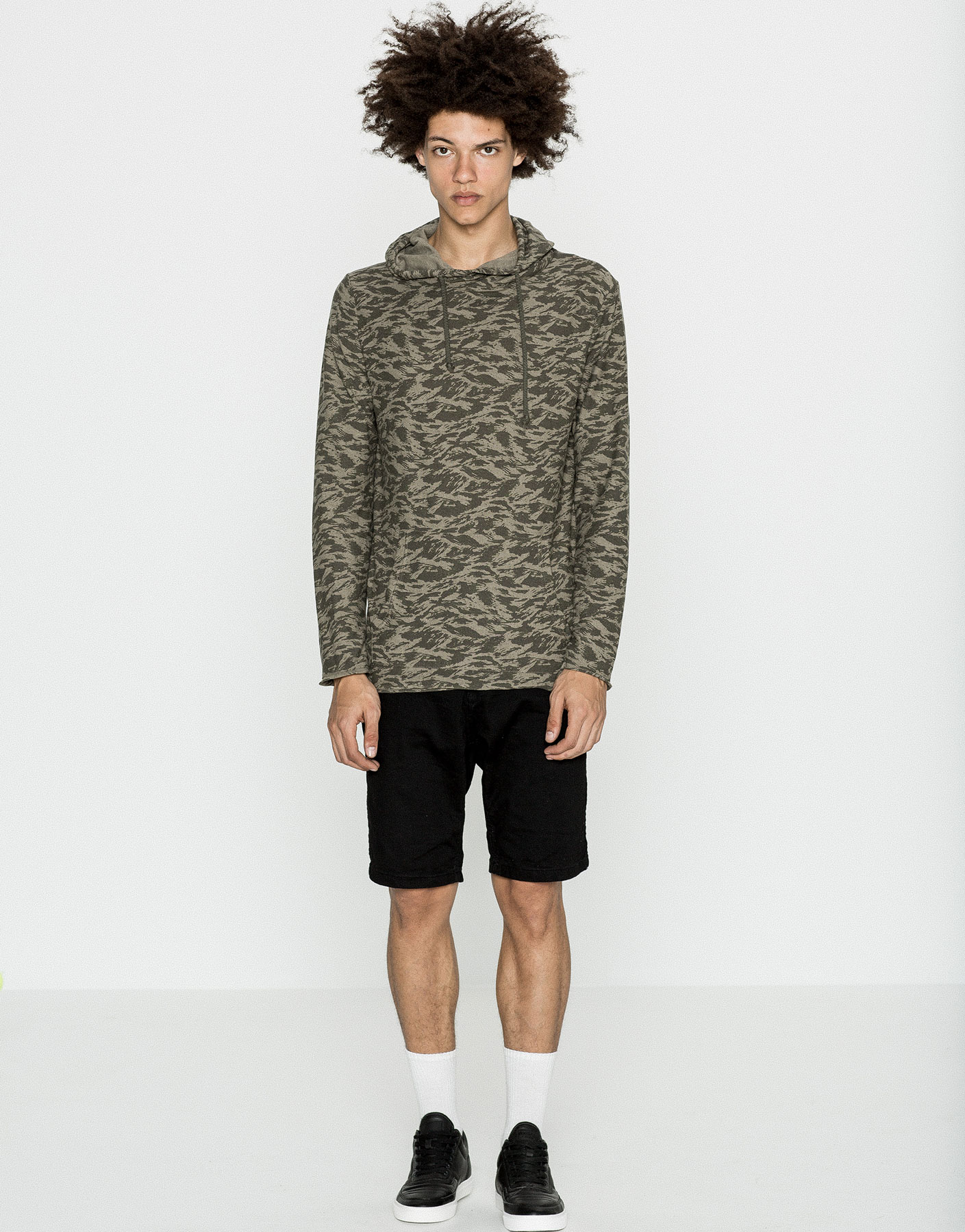 Camouflage hooded sweater