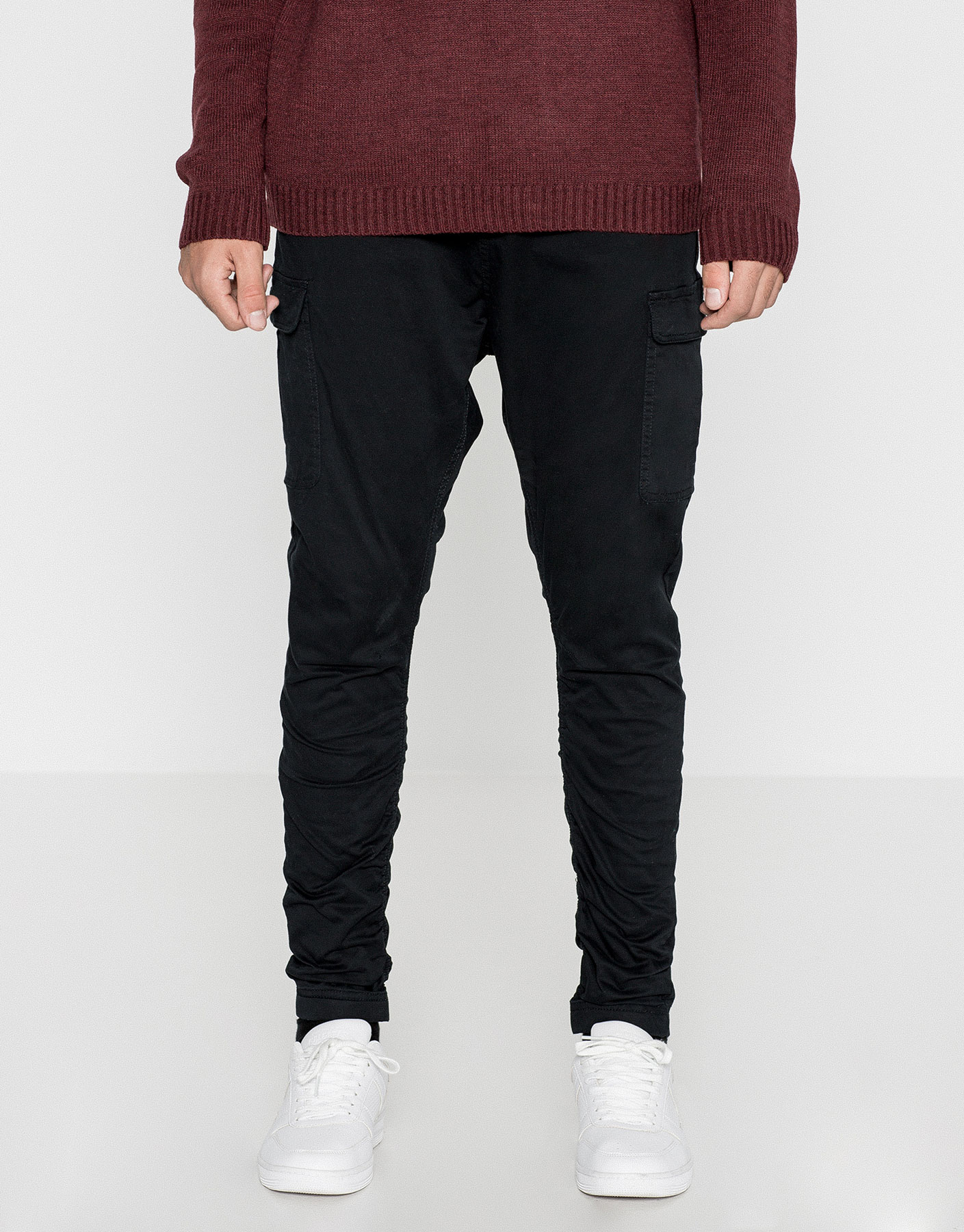 BAGGY SKINNY FIT CARGO TROUSERS