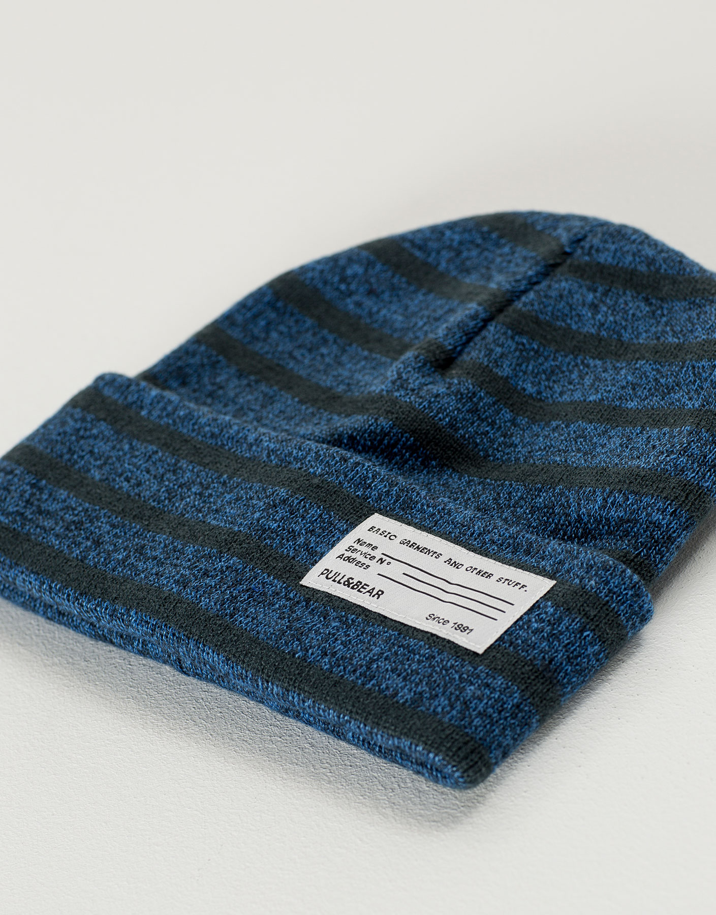 Two-tone striped knit hat