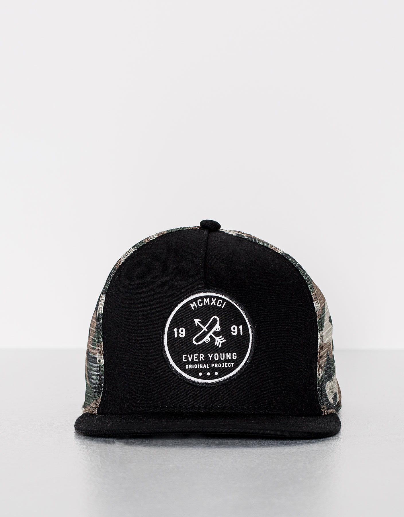 Gorra camuflaje - ever young