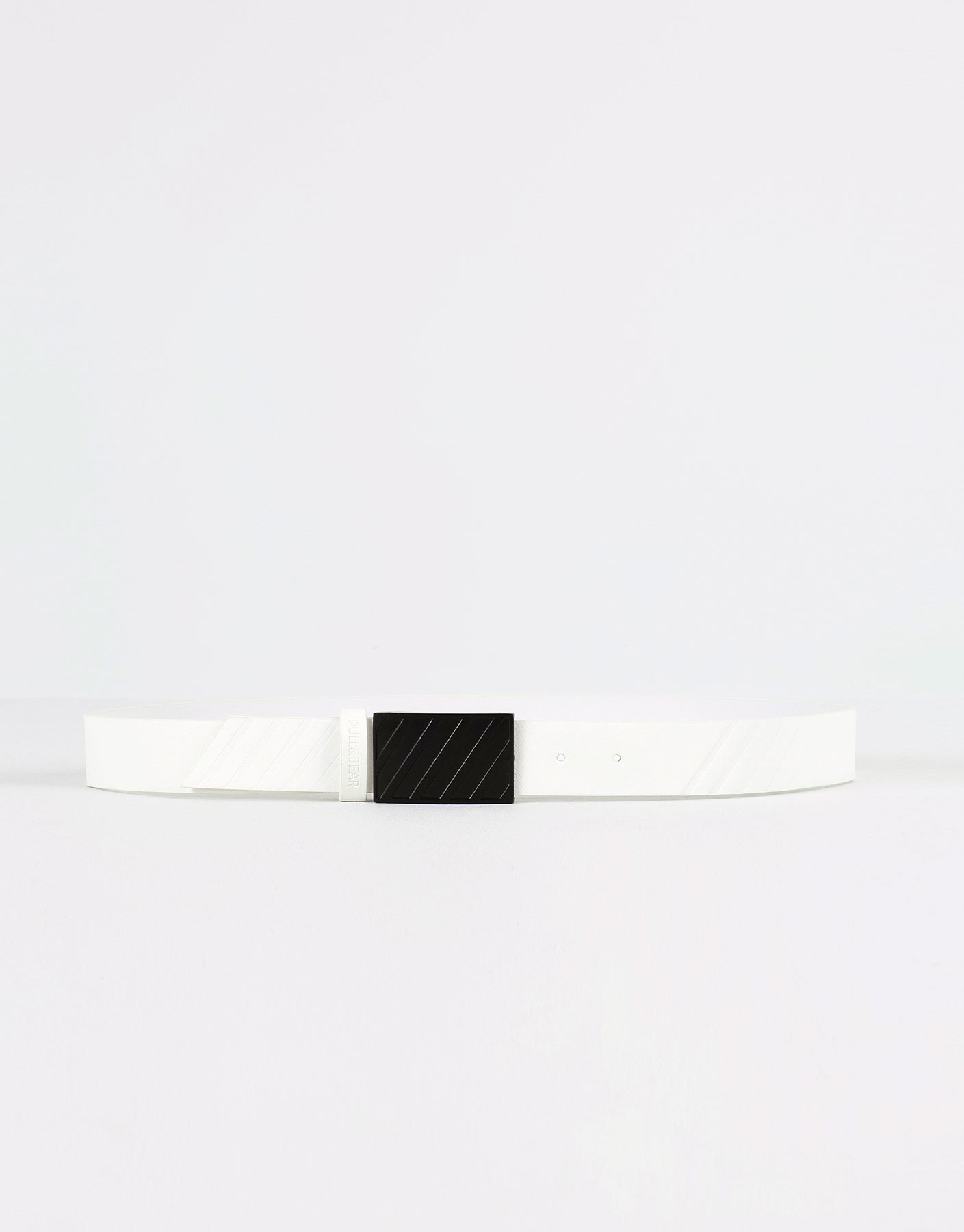 Embossed diagonal belt