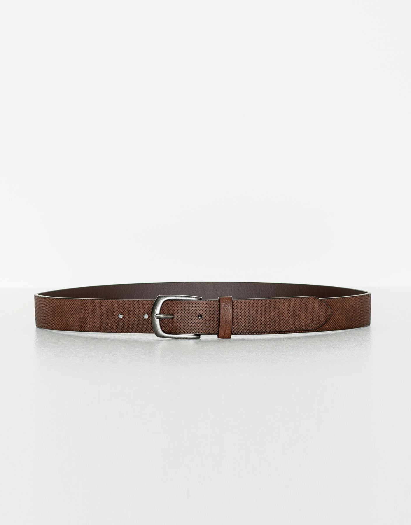 Fine dotted belt