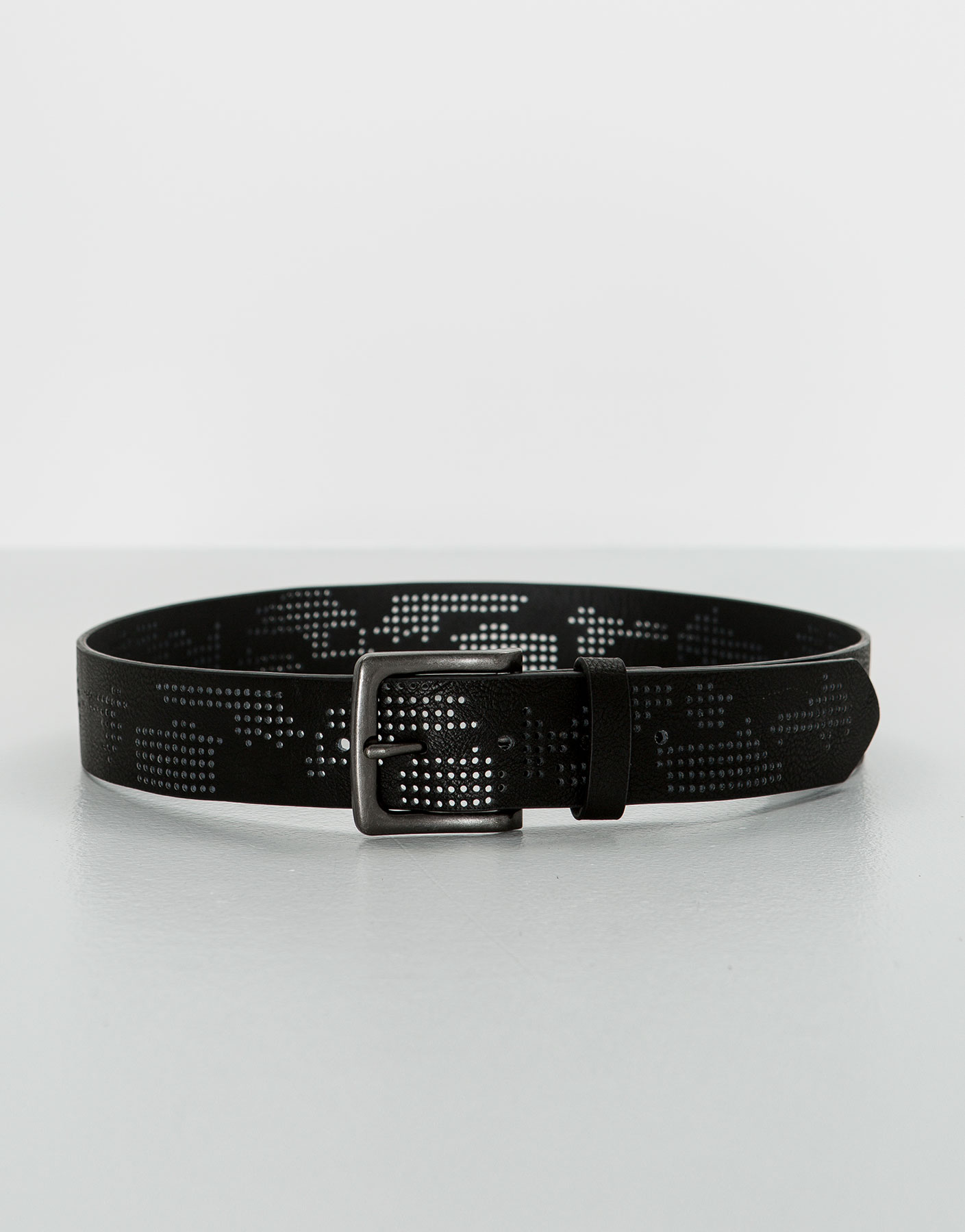 Camouflaged belt with perforations