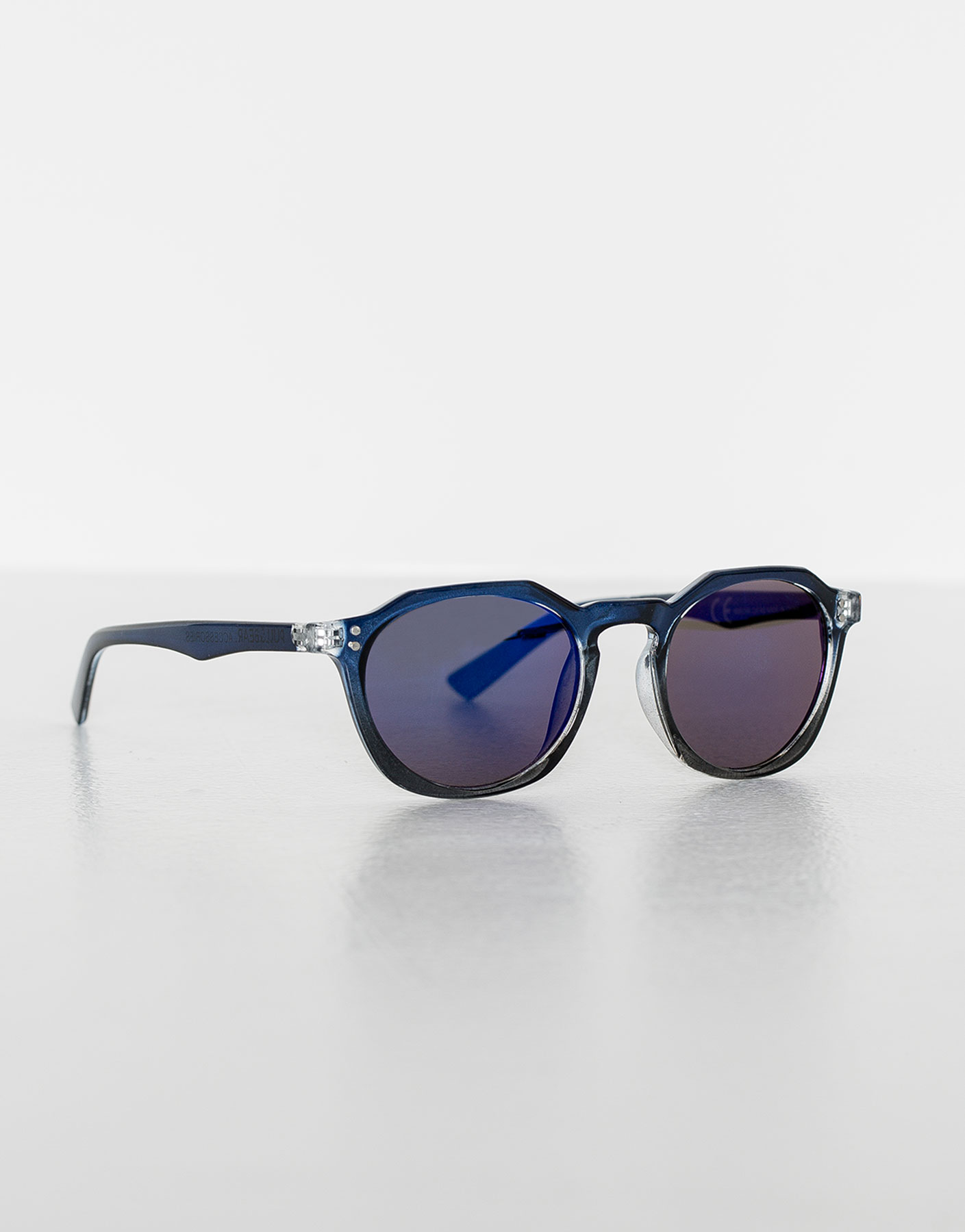 Blue resin sunglasses