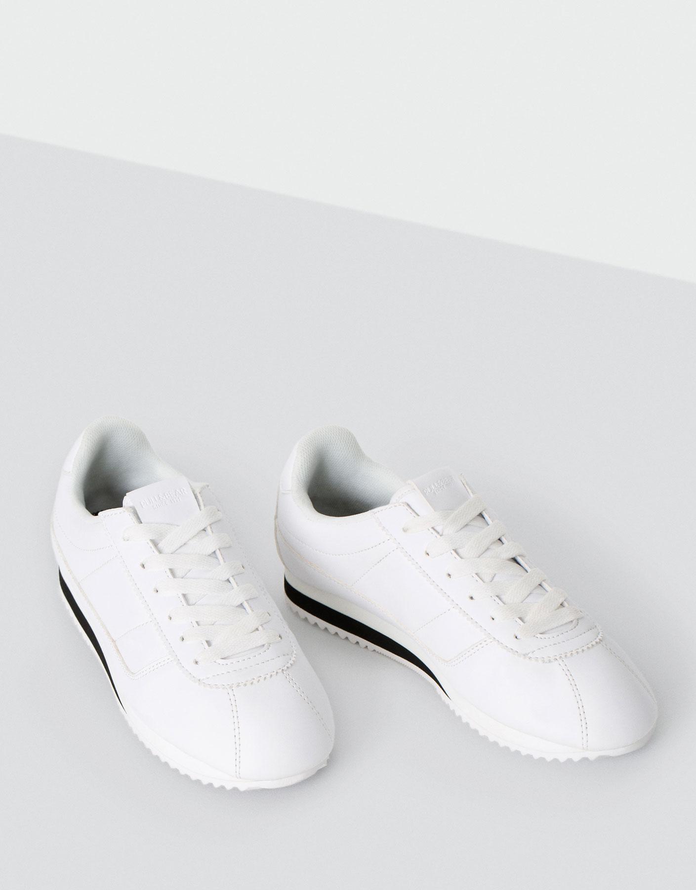 Street sneaker