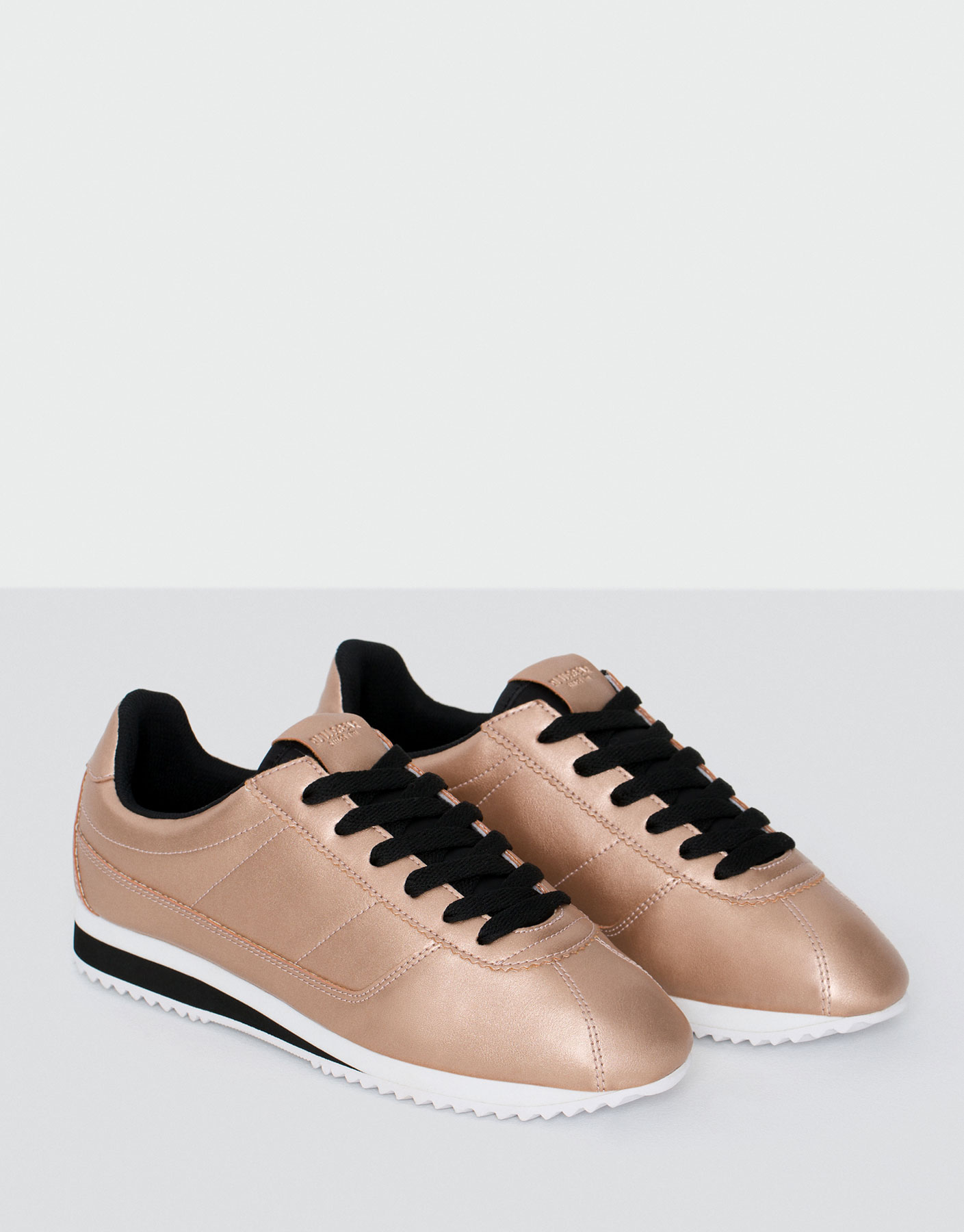 Metallic street sneakers