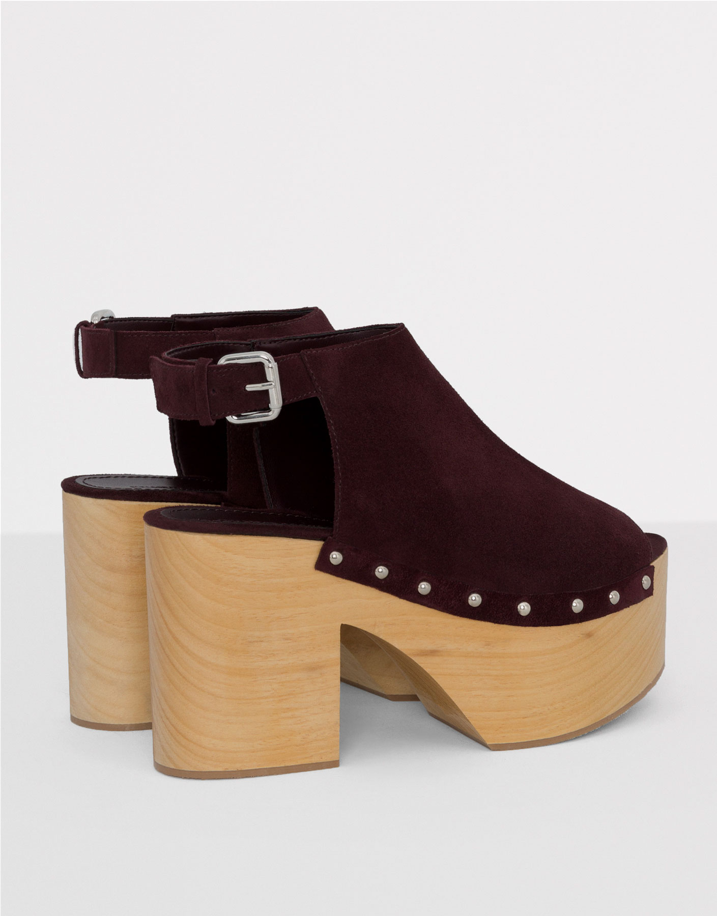 Burgundy leather mules with wooden heel