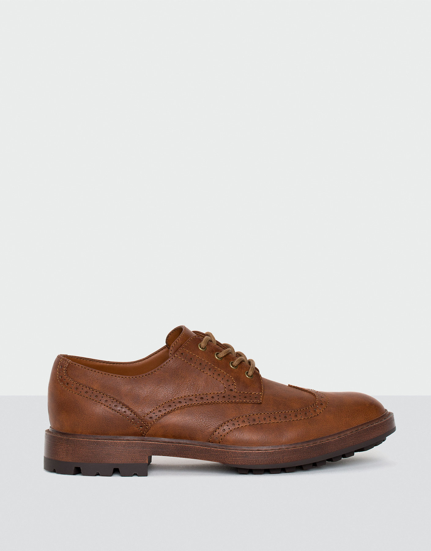 Brogue fashion shoes