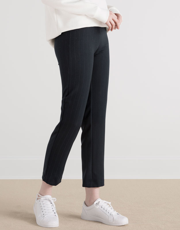 Pull&Bear - woman - #pullvalentines - skinny trousers with rear yoke - navy - 05684303-V2016