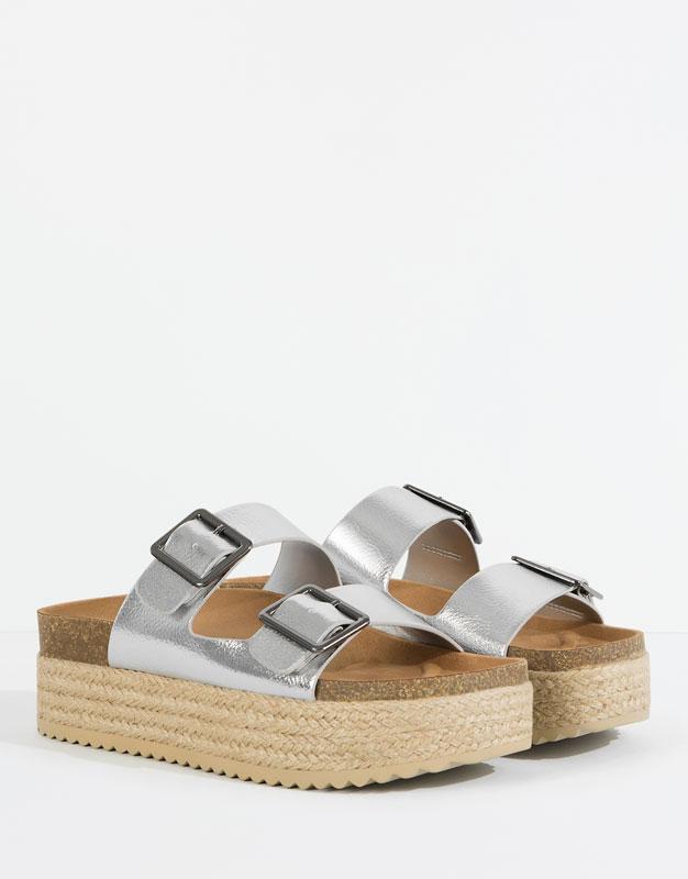 Pull&Bear - sapatos - · novidades - sandálias plataforma fivelas - prata - 15975111-V2016