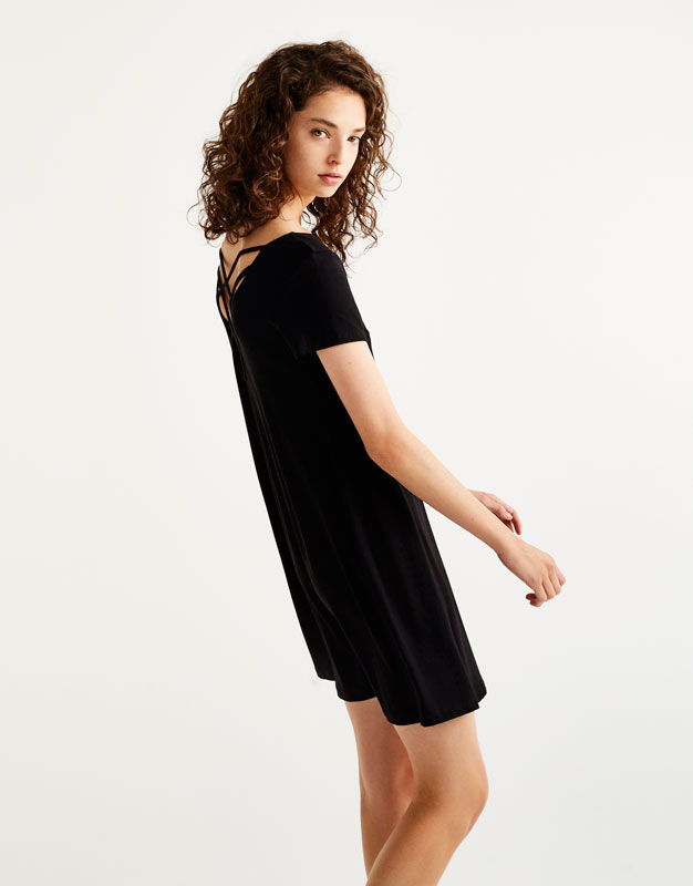 Short sleeve dress with strap detail