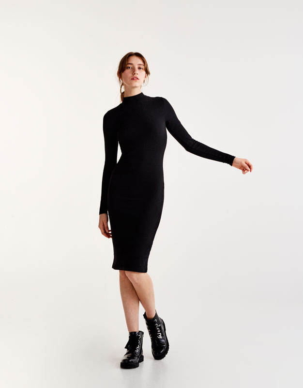 High-neck fitted ribbed dress