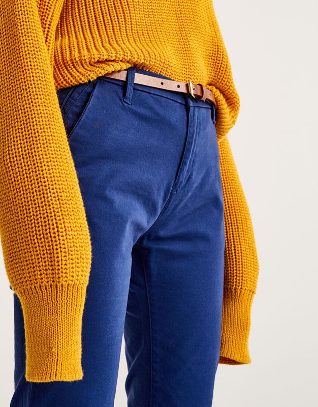 Pantalon style chino basic ceinture