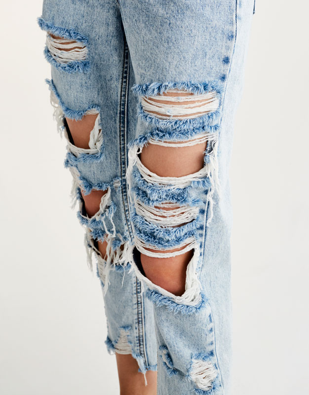 Ripped mom fit jeans