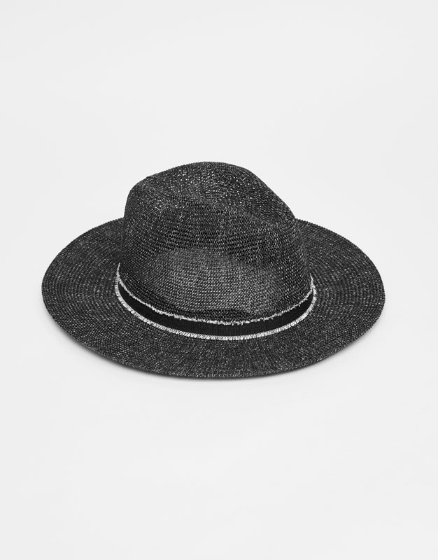 Flecked design hat