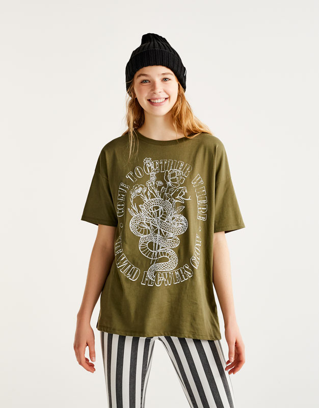T-shirt with snake graphic