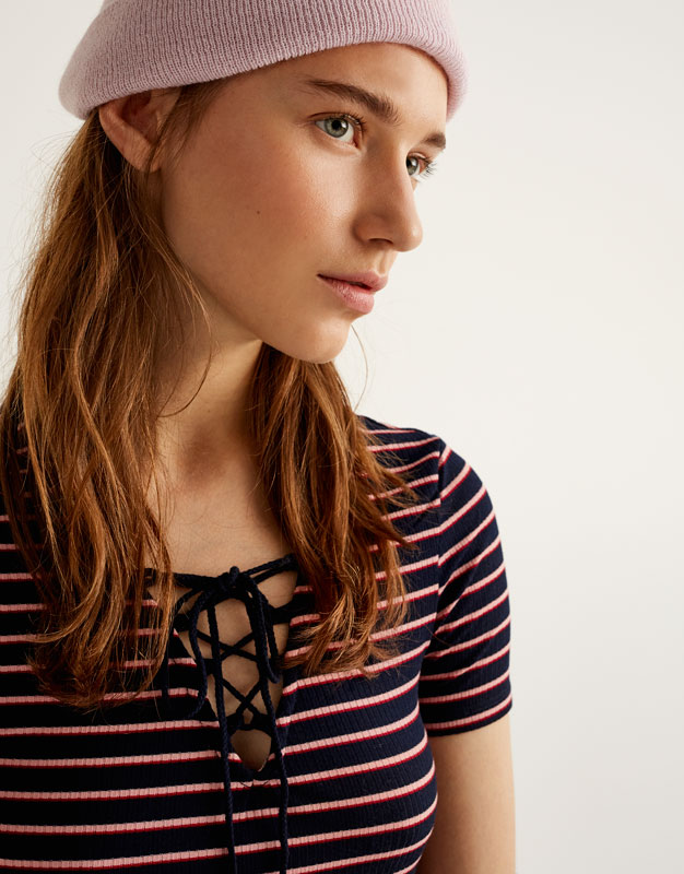 T-shirt with lace-up neckline