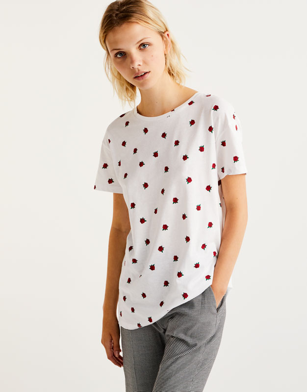 T-shirt with all-over rose print