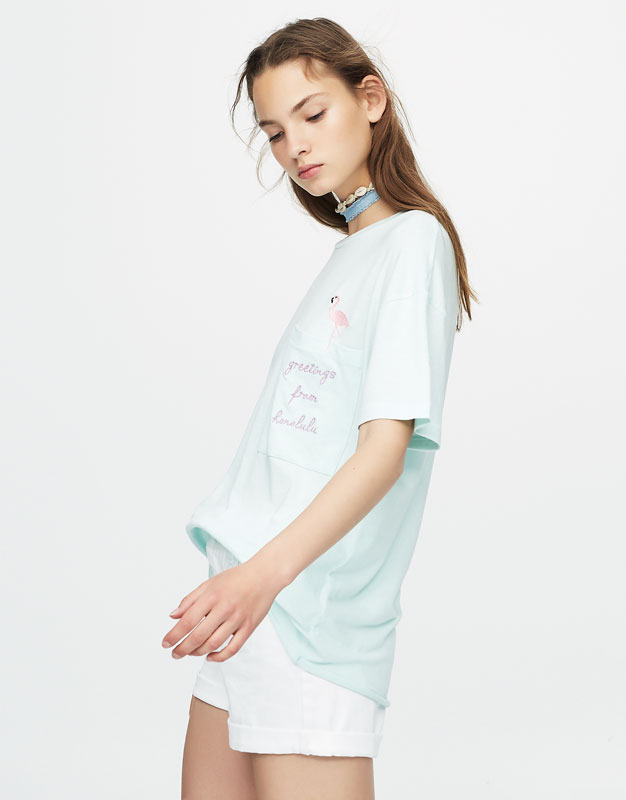 Oversized T-shirt with embroidered flamingo