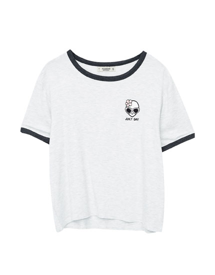Alien patch T-shirt