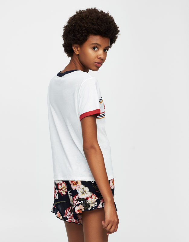 Short sleeve T-shirt with patches
