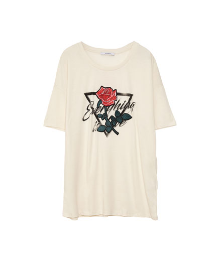 Printed T-shirt with floral patch