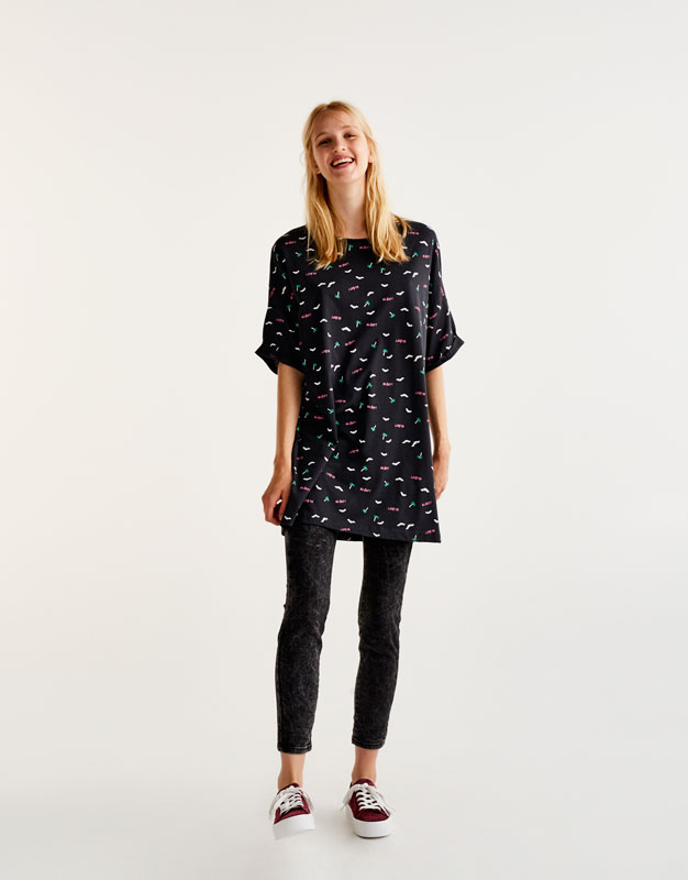 Oversized T-shirt with all over bat print