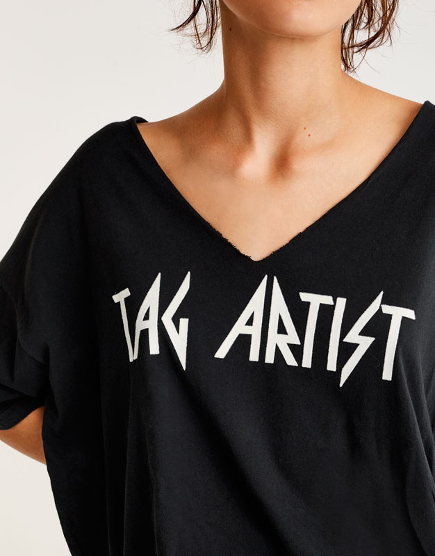 Oversized 'Tag Artist' T-shirt