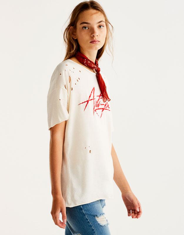 Camiseta estampada rotos