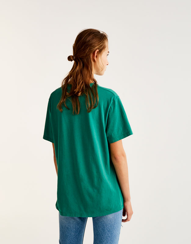 T-shirt with four-leaf clover graphic