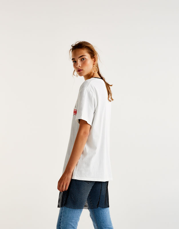 T-shirt with 'successful' graphic