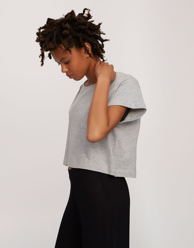 Cropped T-shirt with pocket