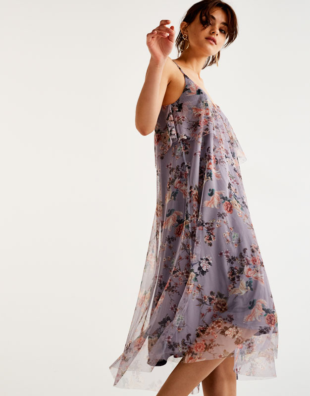 Tulle dress with embroidered flowers
