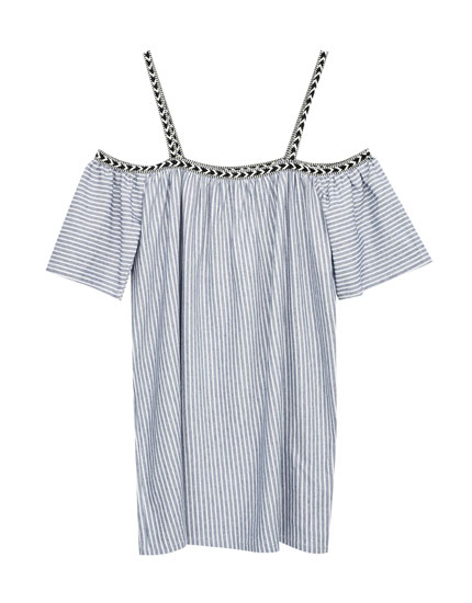 Off-the-shoulder dress with tribal print ribbon