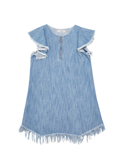 Robe denim effilochée volant