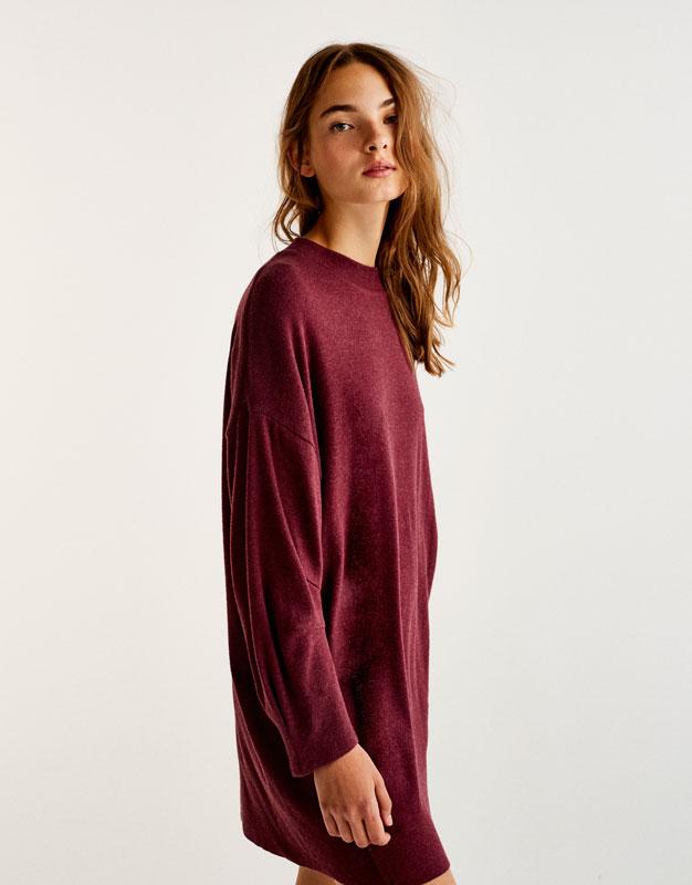Weiches, gerafftes Kleid