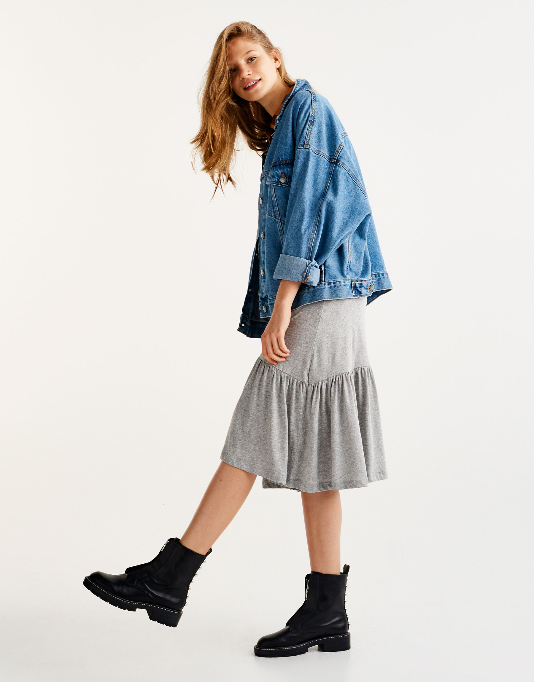 Midi skirt with ruffled hem