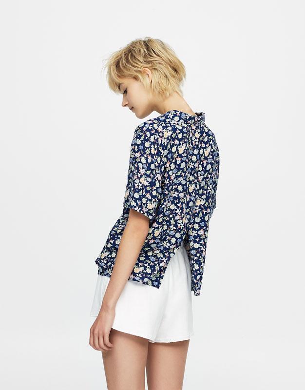 Camisa manga corta estampado flores