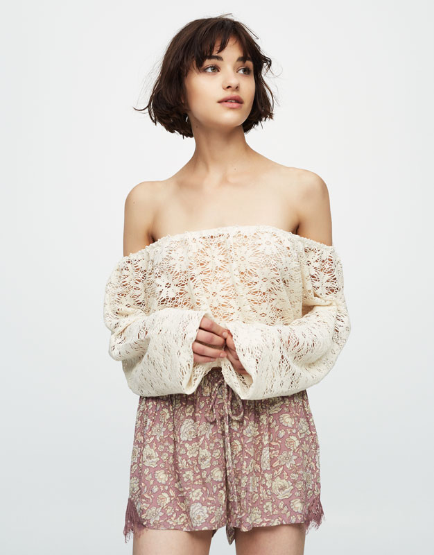 Crochet crop top with long sleeves
