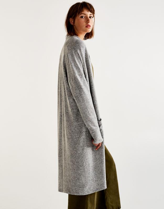 Long soft cardigan - Knit - Clothing - Woman - PULL&BEAR United ...
