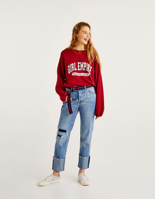 Oversized sweatshirt with slogan