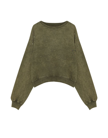 Sweatshirt with faux pearls on the shoulders