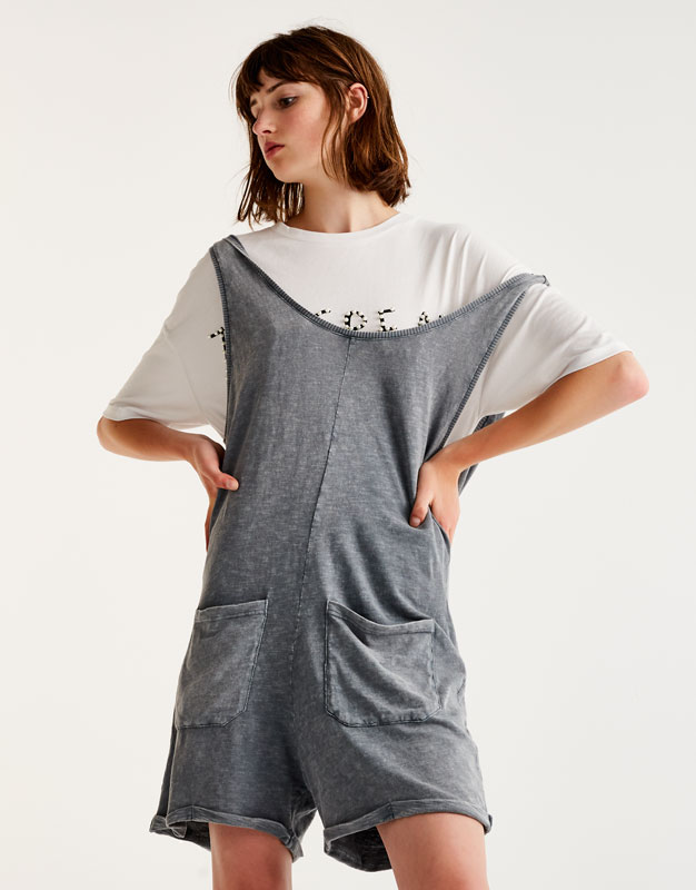 Soft jumpsuit with front pockets