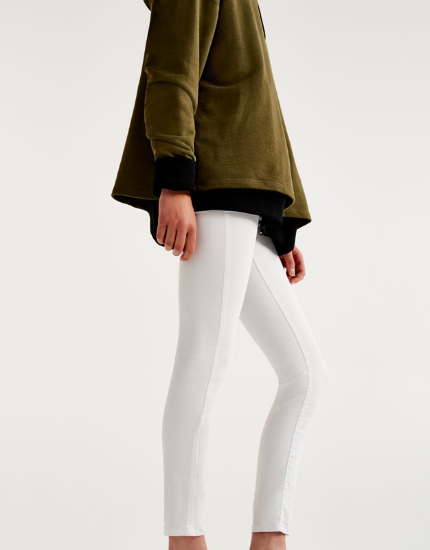 Pantalons skinny fit tir llarg