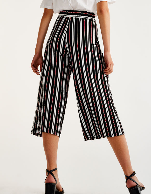 Striped culottes with bow